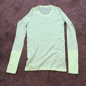 Lululemon swiftly ls yellow sz 6